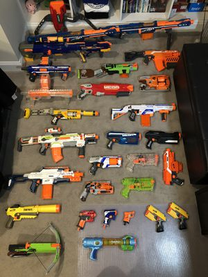 HUGE NERF GUN LOT W/ ACCESSORIES for Sale in Stone Ridge, VA