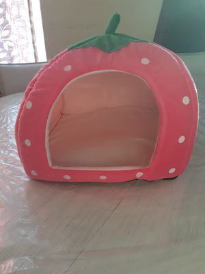 Small dog house All new great gift for Sale in Bakersfield, CA