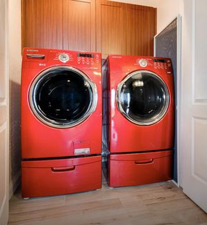 "FULL Set - Price is total for Both! Samsung Washer and ""Gas"" Dryer with pedestals for Sale in Phoenix, AZ"