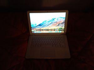 Macbook Mid 2010 4GB RAM 160GB Harddrive for Sale in La Habra Heights, CA
