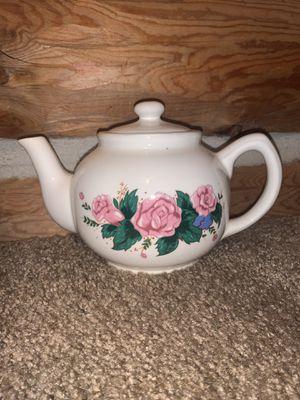 Adorable little teapot. Home decor for Sale in Murfreesboro, TN