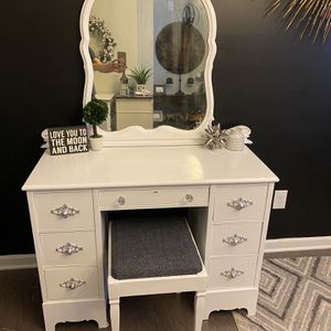 Solid Wood White Vanity And Stool for Sale in Fuquay-Varina, NC