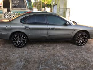 2001 Ford Taurus for Sale in Tampa, FL