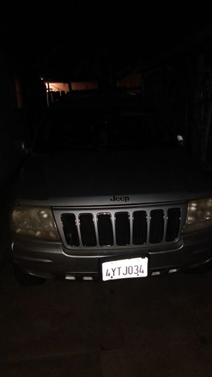 02 jeep Grand cherokee for Sale in Fontana, CA