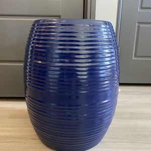 Plant Stand - Plant Pot for Sale in Dallas, TX
