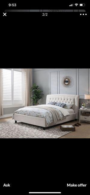 Queen velvet bed frame for Sale in Menifee, CA