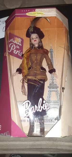 Collector's Edition Barbie Autumn in Paris 1998 Fall Collection $15 or obo for Sale in Watertown, TN