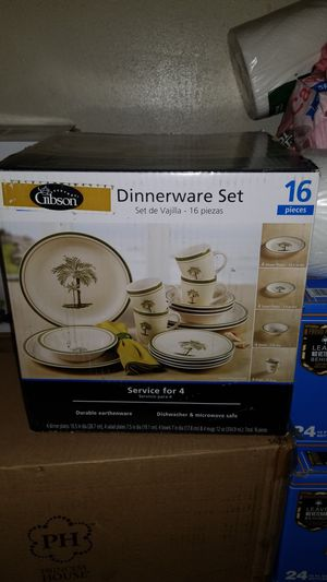 Dinner Ware set 16 piece for Sale in Los Angeles, CA