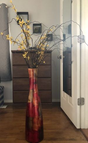 Decorative vase with flowers for Sale in Haines City, FL