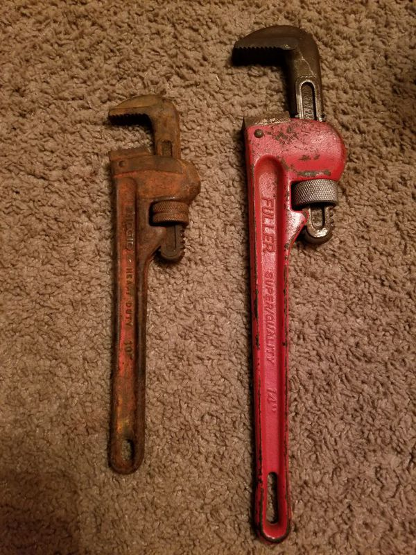 "Pipe Wrench 14"" and 10"""