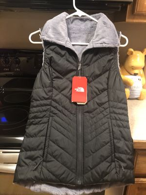 Women's New North Face Vest Size XS for Sale in East Lansing, MI