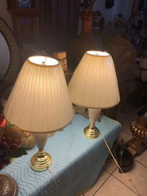 Pair of lamp for Sale in Las Vegas, NV