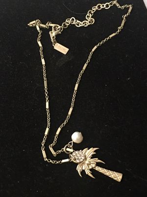 """17"""" necklace with palm tree ..pearl ..sand dollar charms.. for Sale in Durham, NC"""