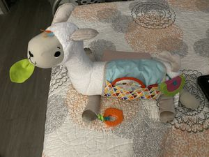 FisheGrow-with-Me Tummy Time Plush Llama w/ 3-Toys for Sale in Dallas, TX
