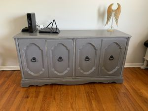 Buffet/sideboard for Sale in Brunswick, OH