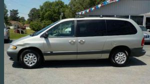 1999 Dodge Grand Caravan 109k miles runs and drives!!! for Sale in Hillcrest Heights, MD
