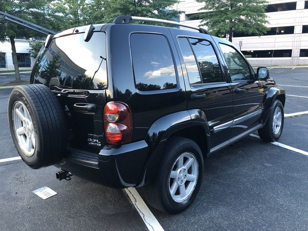2007 Jeep Liberty clean title looks great!