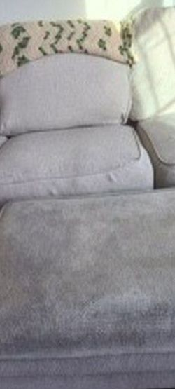 Pull Out Couch And Ottoman for Sale in Orlando,  FL