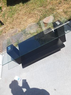 Glass top coffee table for Sale in Port Richey, FL