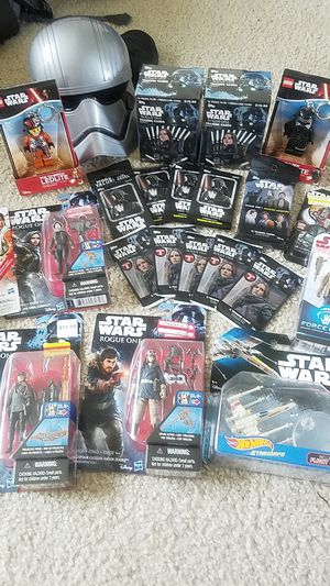 Star Wars collectors pack cards and toys for Sale in Redmond, WA