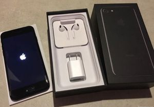iPhone 7 T-Mobile for Sale in Maricopa, AZ