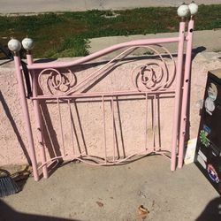 Day Bed Frame for Sale in Los Angeles,  CA