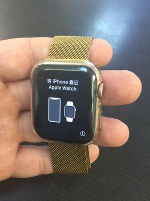 Apple Watch Series 4 44mm Rose Gold GPS SmartWatch for Sale in Deerfield Beach, FL