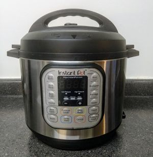 Instant Pot Duo60 for Sale in Durham, NC