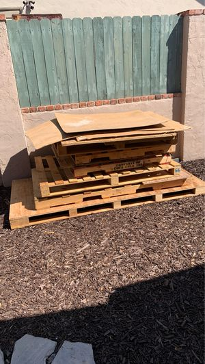 Free pallets for Sale in Chula Vista, CA
