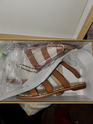 Michael Kors sandals size 5.5 New with box for Sale in Sacramento, CA