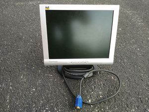 """15"""" computer monitor for sale for Sale in St. Louis, MO"""