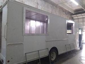 Food truck 2009 personalizado a su gusto for Sale in Homestead, FL