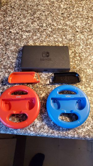 Nintendo switch case and accessories. for Sale in Sanger, CA