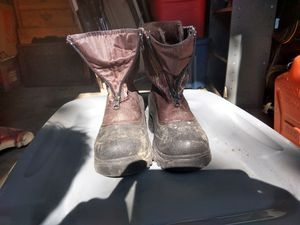 Snow boots, size 4, girls. for Sale in Middletown, OH