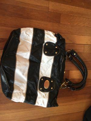 Black and White Striped purse for Sale in Morton, IL