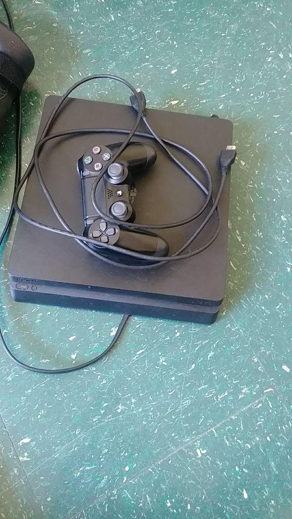 PlayStation 4 slim Pro