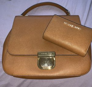 Michael Kors wallet and purse for Sale in San Diego, CA