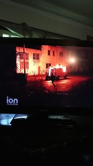 Apex 32 inch tv for Sale in South Bend, IN