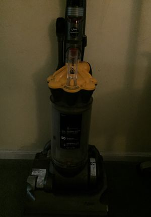 Dyson vacuum for Sale in Willoughby, OH