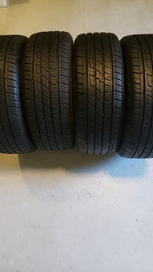 Cooper tires in good condition 4 tires 205 55 16 80% tread for Sale in NEW PRT RCHY, FL