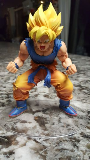 GOKU dragon ball z statue for $15 for Sale in Fresno, CA