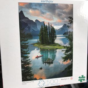 NEW!!! 500 Piece Puzzle EARTHPIX CANADA for Sale in Torrance, CA