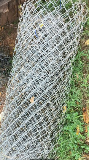 6 rolls chain link fence. Each roll is 50ft and 4ft tall. for Sale in Abilene, TX