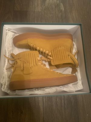 Buscemi 125MM Fringe Stud (men's size 9 or 42) for Sale in Dallas, TX
