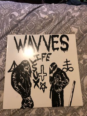 WAVVES for Sale in Los Angeles, CA