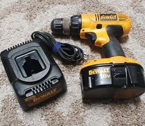Dewalt 18 Volt Cordless Drill Driver with Battery and Charger for Sale in Deerfield Beach, FL