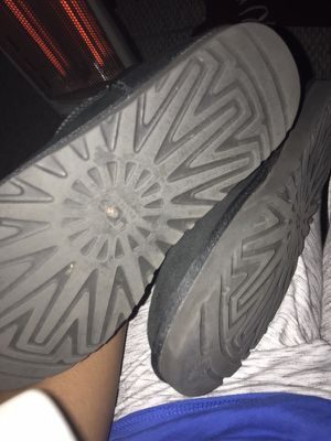 Uggs size 9 for Sale in Tampa, FL