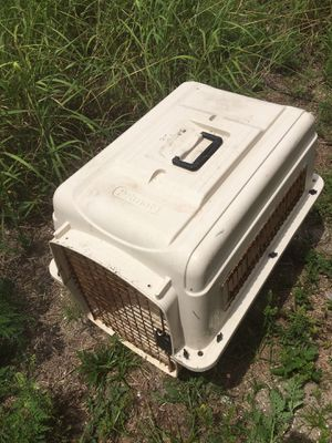 Ex large dog crate, cat box & small pet bed for Sale in Avon Park, FL