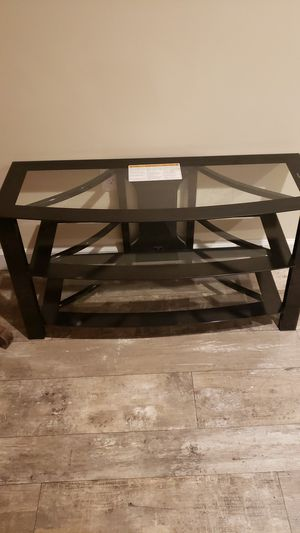 Glass TV / stereo stand for Sale in Houghton Lake, MI