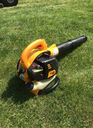 Poulan pro leaf blower. PRISTINE for Sale in Levittown, PA